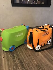 Two Trunki's