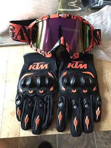 Brand new KTM gloves M and goggles never worn 50$ obo