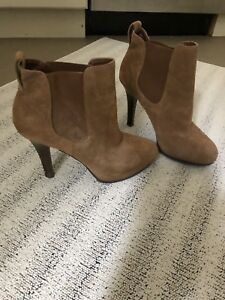 Real suede boots 10