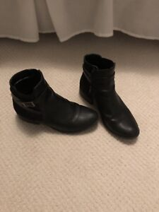 Boots and Shoes Size 7-7.5