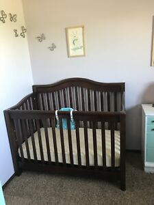 Crib with everything/can deliver.