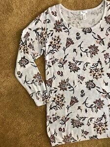 Thyme Printed Long Sleeve Maternity Blouse Like New