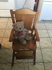 Antique wooden high chair (1950's)