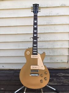 Gibson Les Paul Goldtop 2011 with upgrades
