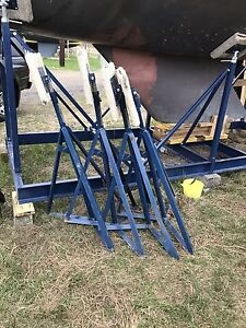 4 Boat Stands