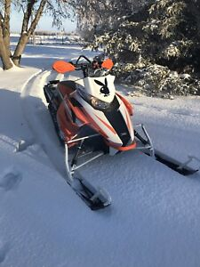 2016 Arctic Cat XF8000 Highcountry SnoPro