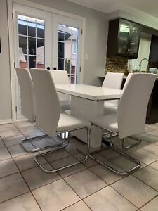 NEW MODERN WHITE DINING TABLE SETS