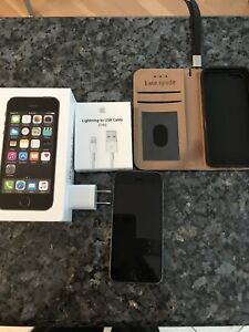 Iphone 5s with KS case, charger - new condition