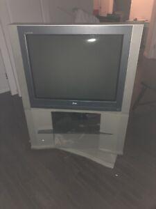 40$pour sortir une télé et m'en débarrasser
