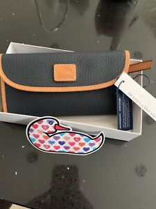 Authentic New Dooney & Bourke Pebbled Leather clutch wallet