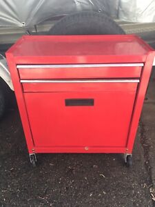 Small rolling tool box