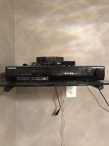 Samsung home theatre 5.1 sound system with DVD/HD player.