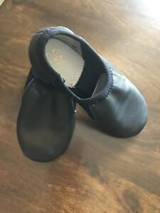Boy's dance shoes, size 10