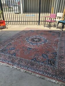 Oversized Persian style rug Sunshine North Brimbank Area Preview