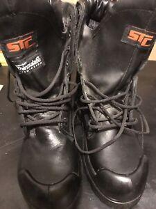 New steel toe work boots gortex size 7    50$
