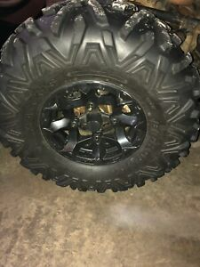Maverick wheels and bighorn tires