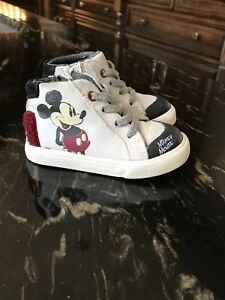 Souliers Mickey Mouse *Neufs/New*