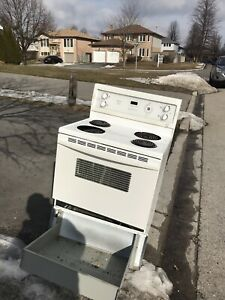 Stove / oven free -on curb