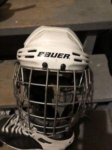 Men's helmet, skates size 11, shin/elbow pads