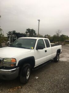 2007 GMC Sierra diesel 4x4 excellent shape