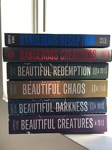 Beautiful creatures Book collection