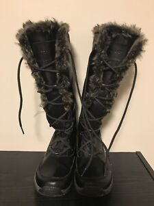 Women's Rockport Winter Boots size 7