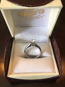 Beautiful engagement ring and wedding band for sale!