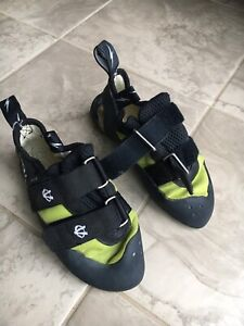 Rock climbing and bouldering shoes 6.5