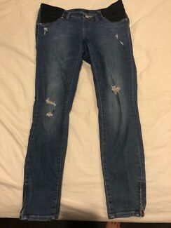 Jeans West Maternity Skinny Crop - size 10