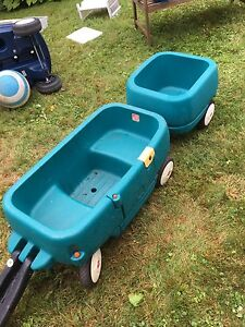 Little Tikes wagon with trailer