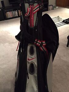 Nike golf performance carry bag