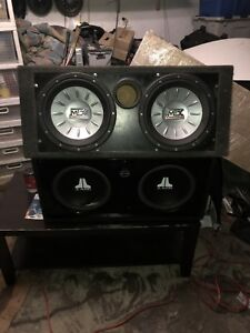 Subwoofers JLW3V2 and MTX 12""