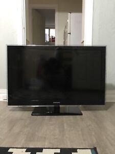 "46"" LCD Flatscreen TV for sale"