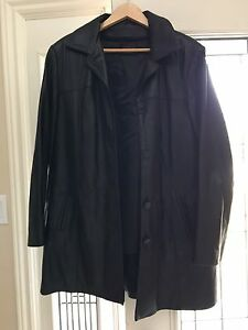 Danier women's XL leather jacket