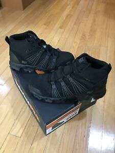 Safety Shoes NIB (size 12)