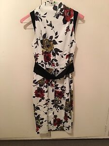 Cue smart casual white floral print dress Brighton East Bayside Area Preview