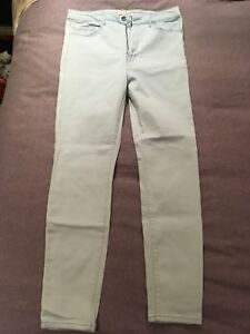 Forever 21 light blue high-waisted Stretchy Jeans size 30