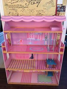 Maison de Barbie 4 étages