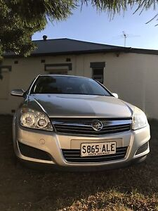 2007 Holden Astra CD AH Auto Silver Hatchback Glenelg Holdfast Bay Preview
