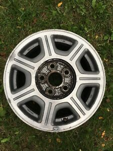 4 mags 15po Toyota (5x114.3) fits beaucoup de véhicules