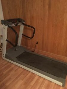 Treadmill freespirit barely used