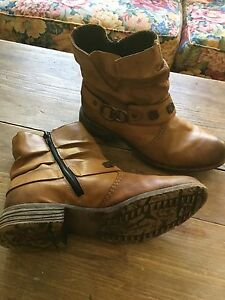 Size 38- rieker leather boots