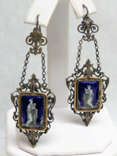 EXCEPTIONAL 19th CENTURY GOLD & SILVER PORCELAIN CAMEO CHANDELIER EARRINGS