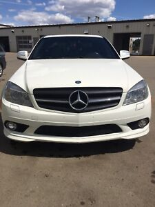Pearl White Mercedes-Benz C300 **LOW KM**