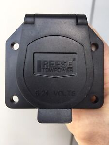 Reese Towpower 7 pin plug receiver