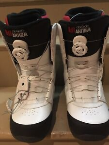 Men's size 9 snowboarding boots (worn once)