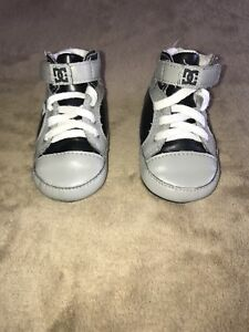 DC Shoes 6-12mth