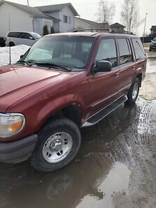1997 Ford Explorer 4x4 with A/C