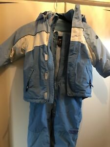 Children's place- high quality like new snow suit, size 4