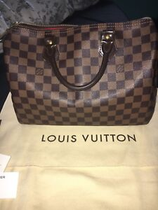 AUTHENTIC Louis Vuitton Speedy 30 in Damier Ebene - $850
